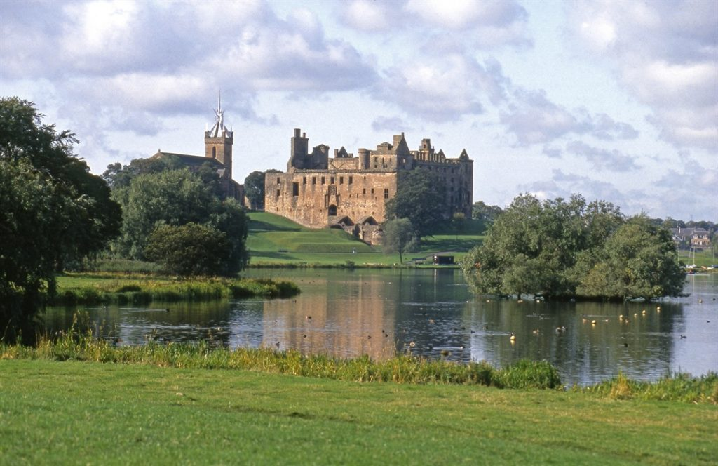 Linlithgow Palace. Photo courtesy of VisitScotland